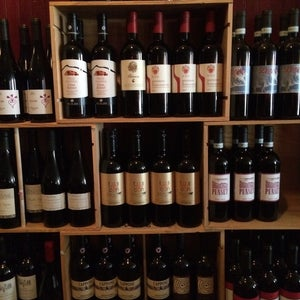 The 15 Best Places for Wine in Detroit