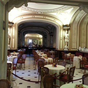 The 15 Best Fancy Places in Naples