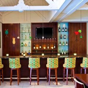 Photo of Sheraton Suites Key West