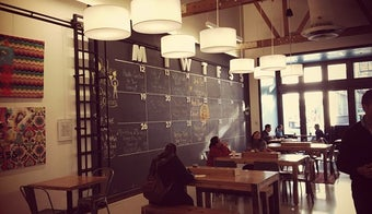 The 13 Best Places With Café In Lincoln Park Chicago