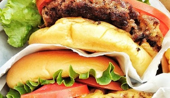 The    Best Romantic Places in New York City The    Best Places for Burgers in New York City