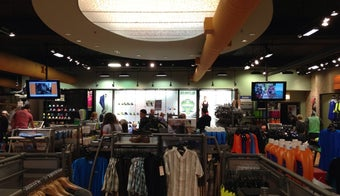 The 15 Best Sporting Goods Shops in Chicago