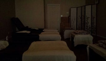 The 15 Best Places for a Foot Massage in Chicago