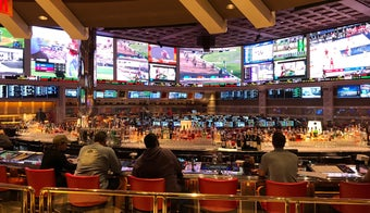 The 15 Best Sports Bars In Las Vegas