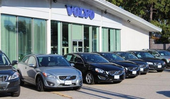 Lovering Volvo of Concord