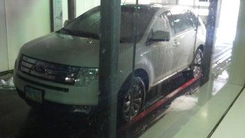 Russ' Auto Wash