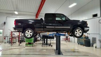 Czech Auto Body & Towing