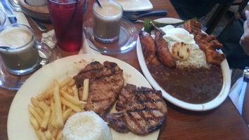 La Pequeña Colombia Restaurant