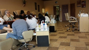 Majestic Nail Salon