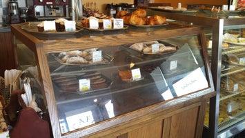 Erhard's European Bakery