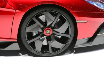 Crimson Wheel Repair & Powder Coating