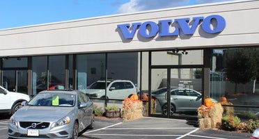 Lovering Volvo of Nashua