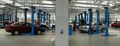Commonwealth Motors
