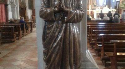 Photo of Monument / Landmark Chiesa di San Martino at Piazza Baldassarre Galuppi San Martino Sinistra 20, Burano 30142, Italy