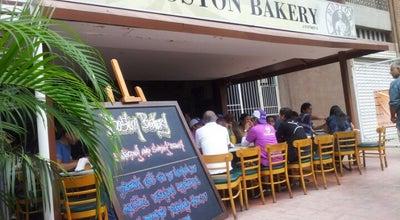 Photo of American Restaurant Boston Bakery at Ave. Andres Bello, Los Palos Grandes, Caracas, Venezuela