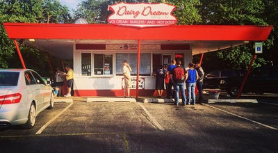 Photo of American Restaurant Dairy Dream Drive-In at 1229 W Park Ave, Libertyville, IL 60048, United States