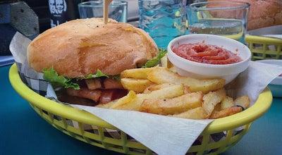 Photo of Mediterranean Restaurant der fuchs und die trauben at Kandlgasse 16, Vienna 1070, Austria