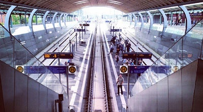 Photo of Train Station Kassel Hauptbahnhof at Bahnhofsplatz 1, Kassel 34117, Germany