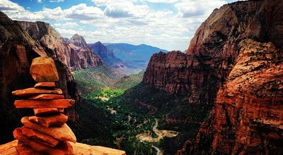 Photo of Scenic Lookout Angel's Landing at 37° 16.16', 112° 56.92', Zion Canyon, UT 84767, United States