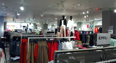 Photo of Clothing Store H&M at Mom Park, Budapest 1123, Hungary