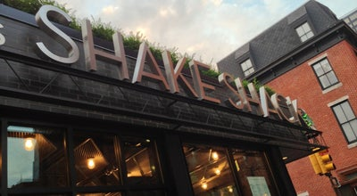 Photo of Burger Joint Shake Shack at 2000 Sansom St, Philadelphia, PA 19103, United States