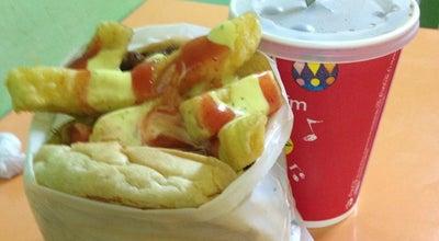 Photo of Burger Joint Las Chancrosas at Av. 13 De Abril, Ambato, Ecuador