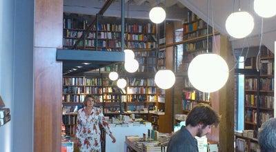 Photo of Bookstore Luz Y Vida at Arco Del Pilar, 8, Burgos 09003, Spain