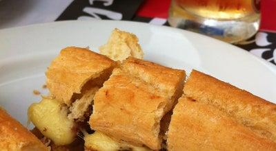 Photo of Cafe República dos Cachorros at Pç. Dos Poveiros, Porto, Portugal
