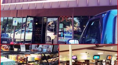 Photo of Restaurant Three Brothers Bakery S Braeswood at 4036 S Braeswood Blvd, Houston, TX 77025, United States