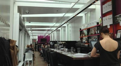 Photo of French Restaurant Brasserie T! at 1425 Rue Jeanne-mance, Montreal, QC H2X 2J4, Canada