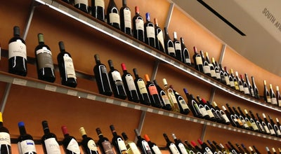 Photo of Hotel Vintry Fine Wines at 230 Murray Street, New York, NY 10282, United States