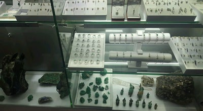 Photo of Jewelry Store Emerald Trade Center at Colombia