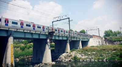 Photo of Bridge 신답철교 (Sindap Railway Bridge) at 성동구 용답동 173, Seoul 133-170, South Korea