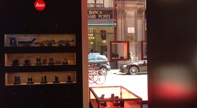 Photo of Camera Store Leica Galerie & Store at Via Mengoni 4, Milano 20121, Italy