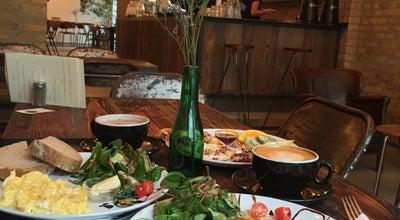 Photo of American Restaurant Distrikt Coffee at Bergstr. 68, Berlin 10115, Germany