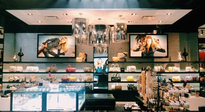 Photo of Clothing Store Guess at 1432 3rd Street Promenade, Santa Monica, CA 90401
