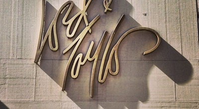 Photo of Department Store Lord & Taylor at 424 5th Ave, New York, NY 10018, United States