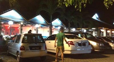 Photo of Arcade Yong's steamboat 泳池生鍋 at Jln Minyak Beku, Batu pahat 83000, Malaysia