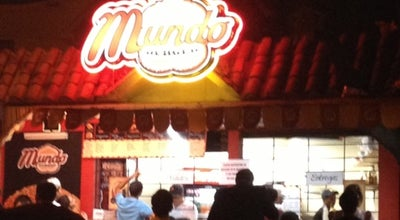 Photo of Burger Joint Mundo Burguer at Calle 5ta 215 Ficus, Guayaquil, Ecuador