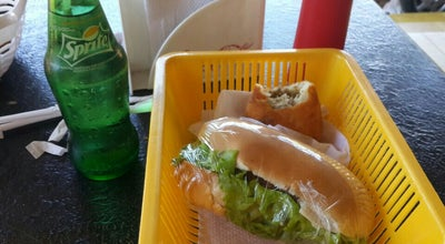 Photo of Burger Joint Loui's Lunch at Brasil, Pedro Juan Caballero, Paraguay