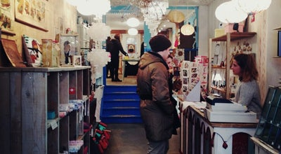 Photo of Antique Shop Het Grote Avontuur at Haarlemmerstraat 25, Amsterdam 1013EJ, Netherlands