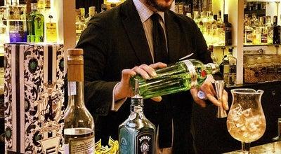 Photo of Restaurant The Gin Corner at Via Di Pallacorda 2, Rome 00186, Italy