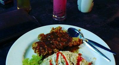 Photo of Steakhouse D'Sampan Cafe at Js5, Jalan Senang 8,, Parit Raja, Batu Pahat 86400, Malaysia