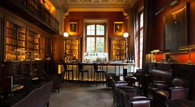 Photo of French Restaurant Saint James Paris - Le Restaurant at 43 Avenue Bugeaud, Paris 75116, France