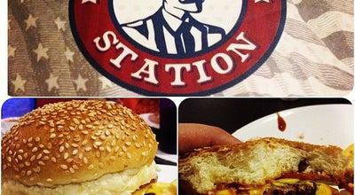 Photo of Burger Joint Burger Station at Av. Hugo Musso, 2001, Ljs. 01/02, Vila Velha 29101-783, Brazil