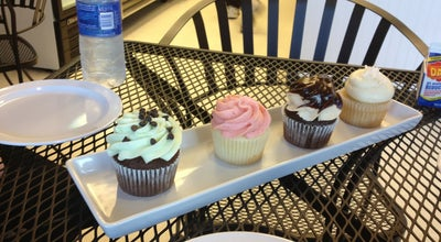 Photo of Cupcake Shop Wanna Cupcake at 2102 East Main, Puyallup, WA 98372, United States