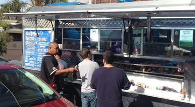 Photo of Food Truck La Isla Bonita at 400 Rose Ave, Venice, CA 90291, United States
