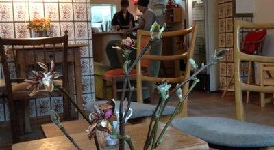 Photo of Restaurant Café fatsch at Josephskirchstraße 25, Cologne 51103, Germany