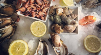 Photo of Seafood Restaurant L'Auberge dab at 161, Avenue Malakoff, Paris 75116, France