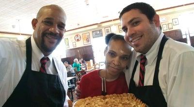 Photo of Fast Food Restaurant Smithfield's Chicken 'N Bar-B-Q at 424 Yopp Rd, Jacksonville, NC 28540, United States